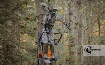 Climbing-Stand-for-Bow-Hunting---Buying-&-Review-Guide-2020